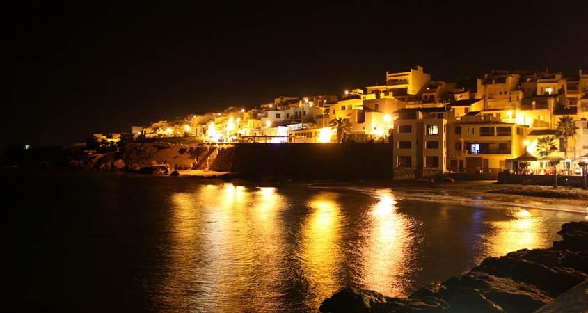 obala sicilije nocni zivot
