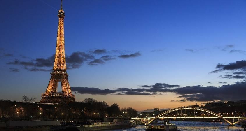 Ajfelova kula u Parizu