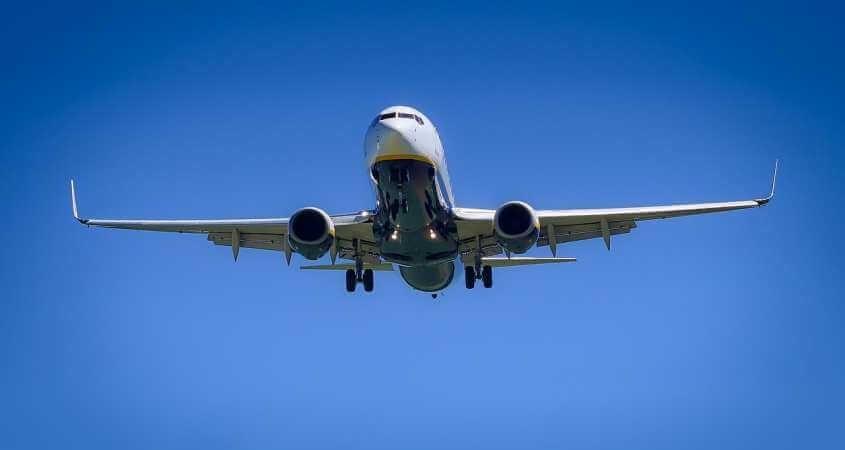 Avion leti