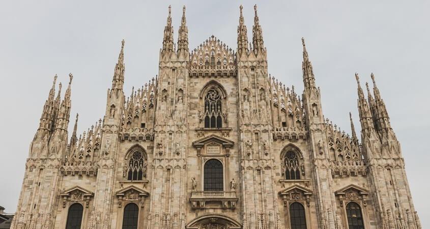 Milanska katedrala, trg