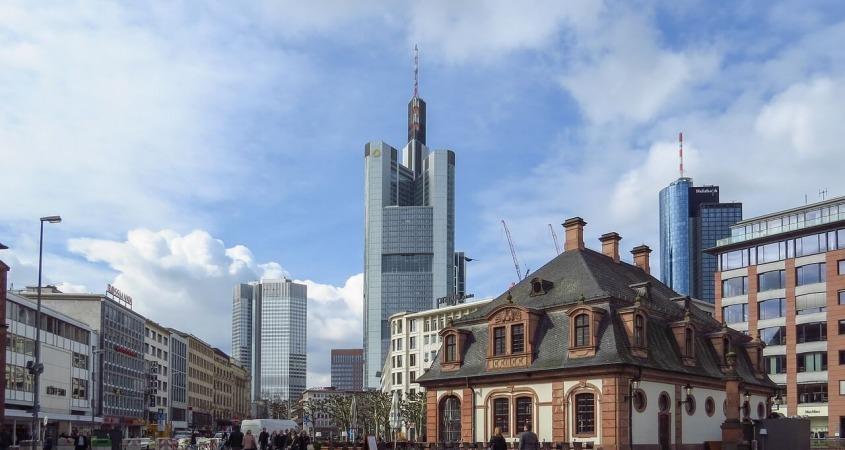 Frankfurt Sta Obici Gde Odsesti I Sta Obavezno Probati Od