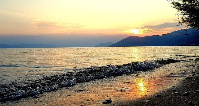 Plaža na ostrvu Evija