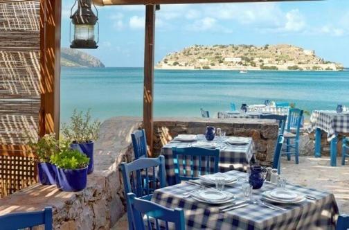 Pristupačni restorani na Krfu