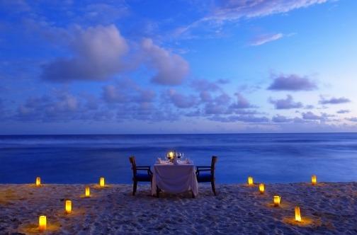 Lefkada romantična mesta plaža sveće i večera