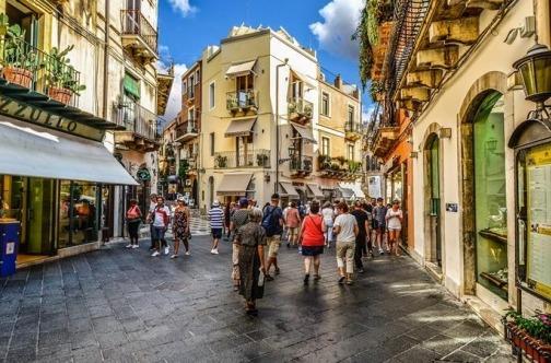 sicilija taormina turisti