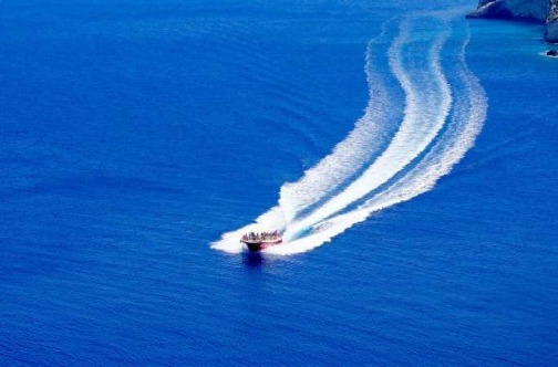 Taksi gliser na moru